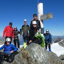 um 9.00h ist man am Gipfel noch alleine :-)