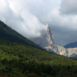 Mont Aiguille von der D1075 gesehen