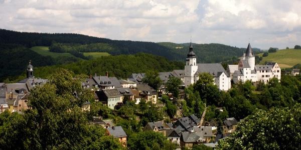 Blick auf Kirche und Schloß Schwarzenberg