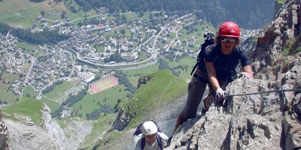 Kleiner Daubenhorn Klettersteig mit Sicht auf Leukerbad