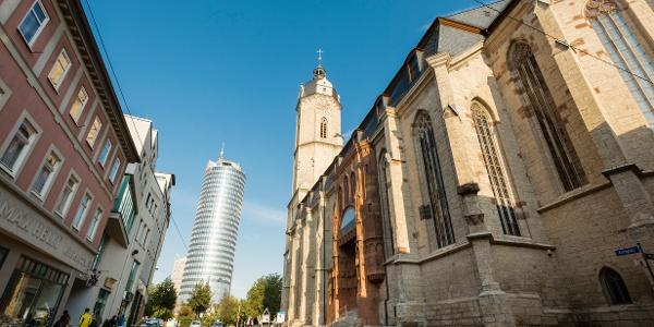 Jena entdecken - Stadtkirche St. Michael mit JenTower