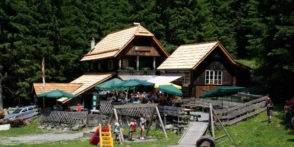 Schwussner Hütte im Seebachtal (C) 0816 Grafik