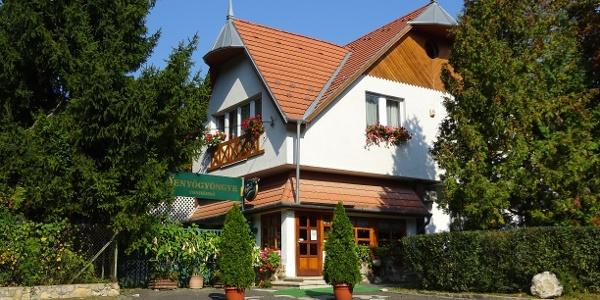 Reštaurácia Fenyőgyöngye