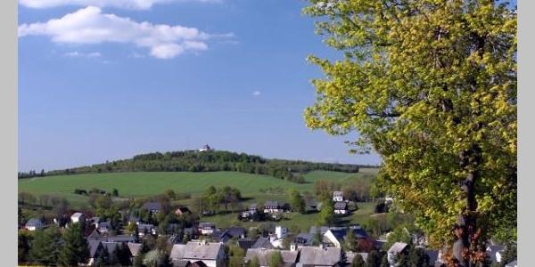 Blick auf Seiffen und Schwartenberg