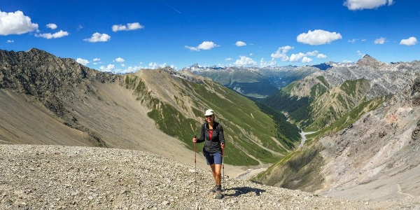 Ziel erreicht: Val Trupchun und Piz d'Esan von der Fuorcla Trupchun aus gesehen.