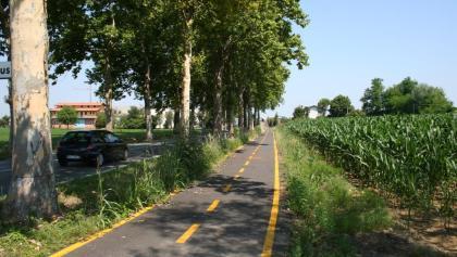 Cervignano del Friuli- All' uscita di Cervignano verso sud
