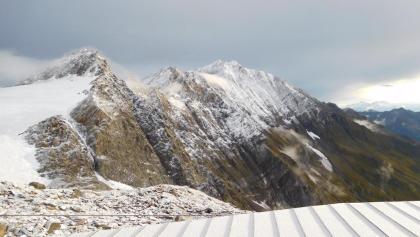Blick von der Zwickauer Hütte nach Osten