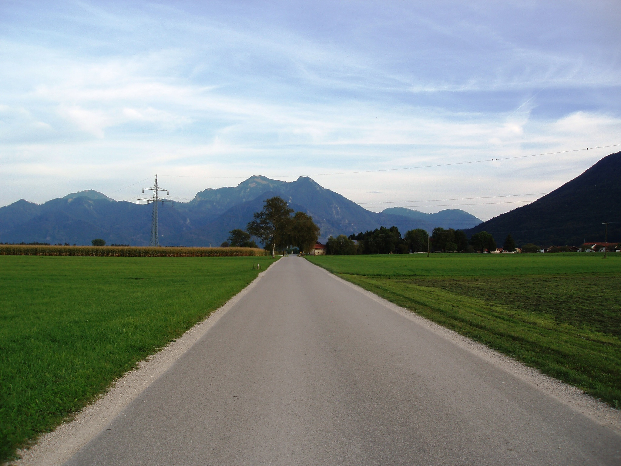 Straße nach Rottau
