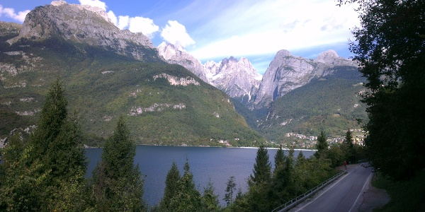 Lago e Dolomiti di Brenta.