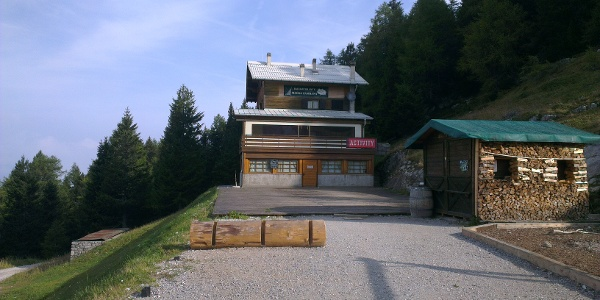 Hütte Malga Zambana
