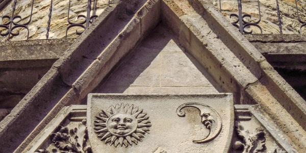 Wappen des Österreichischen Touristenklubs (ÖTK) auf der Habsburgwarte