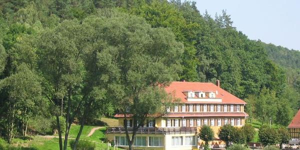 Amtsschreibersmühle im Eisenberger Mühltal