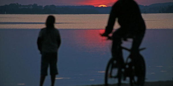 Radfahrer am Chiemsee