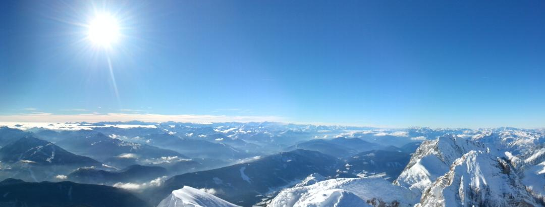 South side panorama from top of Hoher Dachstein ( 2995 m )