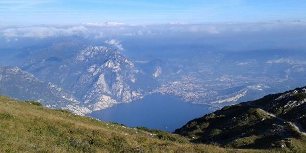 Il panorama dal Monte Altissimo