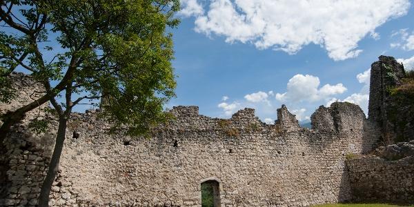 Ruinen der Burg Penede - Nago