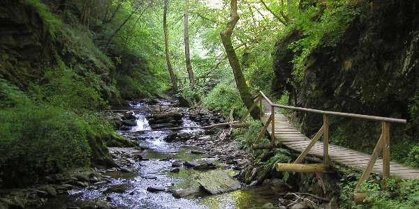 Wandern im Tal der wilden Endert