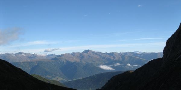 Blick nach Norden von der Obstanserseehütte in die Osttiroler Bergwelt