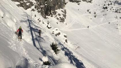 Querung über einen Steig bevor man den Budergraben (rechts nicht im Bild) erreicht