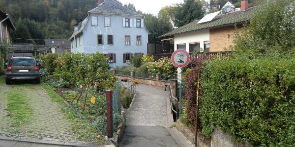 """Elmstein Speyerbachbrücke und """"Blaues Haus"""""""