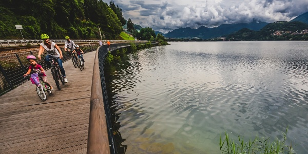 Passerella ciclabile Calceranica al Lago