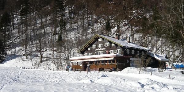 Das Giebelhaus im Winter