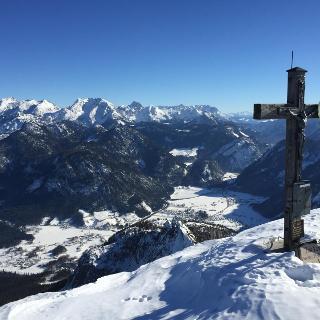 Grubhörndl Gipfel, Blick auf das Berchtesgadener Land