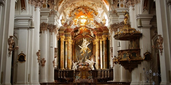 Asam-Kirche im Kloster Rohr (Rohr i.NB)