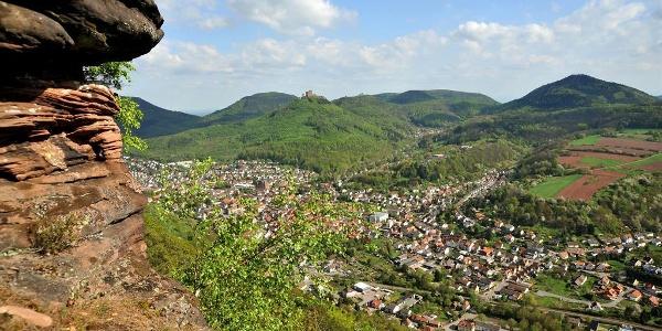 Stadtansicht Annweiler am Trifels