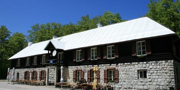 Planinarski dom Sušak