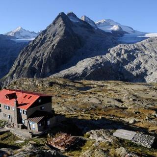 Rifugio Mandron «Città di Trento» alpine hut