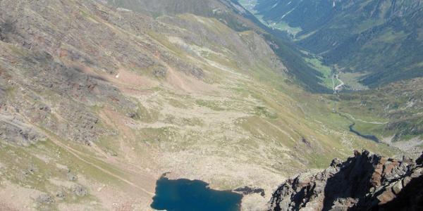 Blick von der Aussichtsscharte auf den Lauterer See