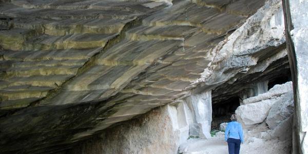 Le cave di oolita nel Bosco Caproni