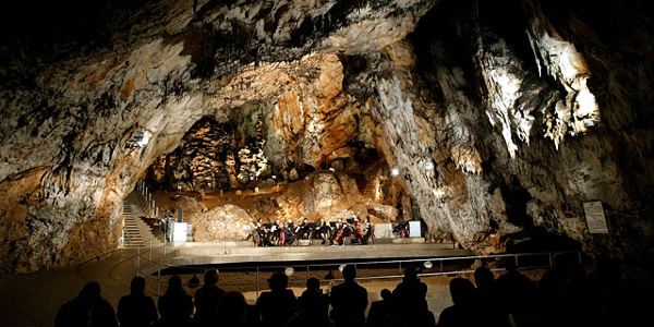 Koncertná sieň v jaskyni Baradla