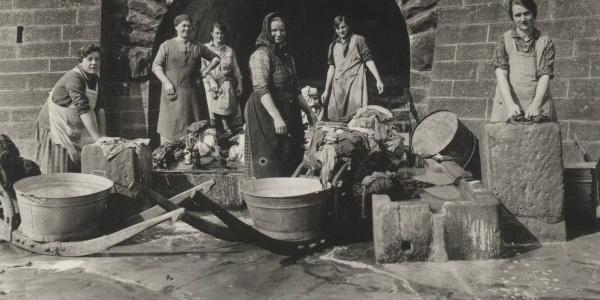 Waschtag am Tränkenbrunnen