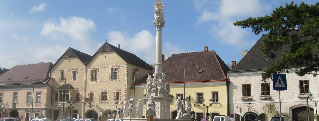 Perchtoldsdorf, Anfahrtsort einiger Weitwanderwege (31.03.2012)