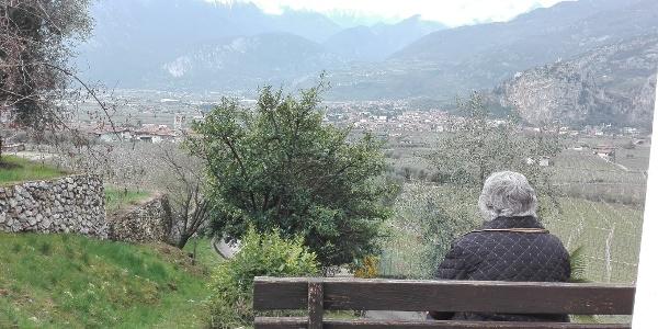 Ausblick über das Sarcatal und Arco