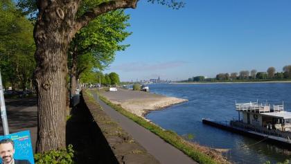 Blick zurück auf Köln. Das Wetter spielt mit!