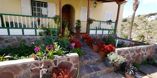 Haus mit Vorgarten in Antoncojo