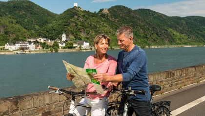 """Rhine Cycle Route near St. Goar with views of Castles Liebenstein & Sterrenberg (called """"the enemy brothers"""")"""