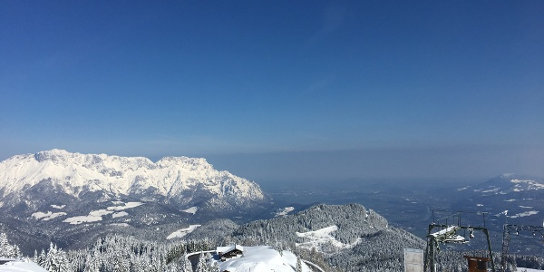 Aussicht vom Gipfelkreuz