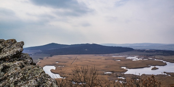 The view from Szélmarta-sziklák (the lookout tower on the other side of Outer Lake)