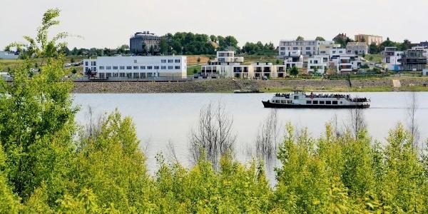 Blick auf den Zwenkauer Hafen