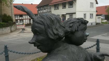 Max und Moritz Skulptur