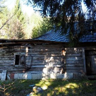 Weiße-Mauer-Jagdhütte 985m