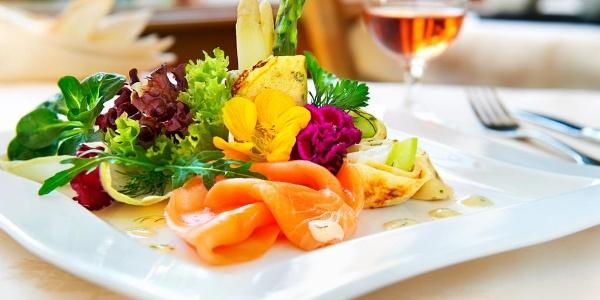 Excellente Küche mit regionalen, saisonalen Produkten