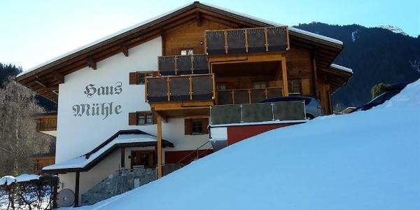 Winterfoto Haus Mühle 2017 von vorne