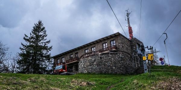 A Nagy-Hideg-hegyi Sí- és Túraközpont