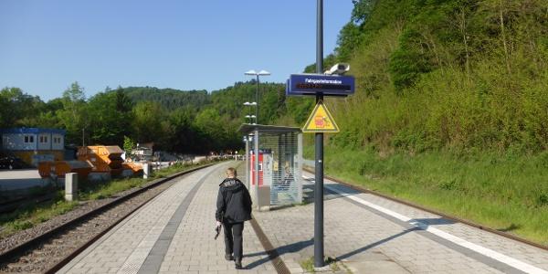 Die Bahnsteige vom Bahnhof Weissenstein.