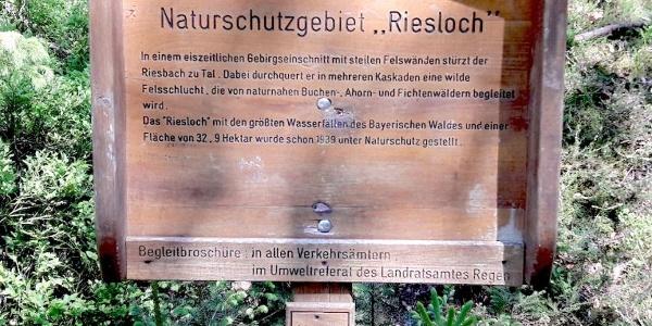 Naturschutzgebietstafel am Beginn der Tour